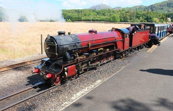 Ravenglass and Eskdale Railway: The return train waiting to leave Dalegarth