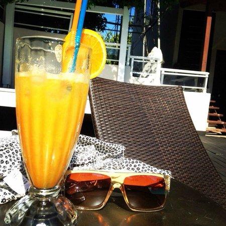 K Boutique Hotel: Вкуснейший апельсиновый фреш от Лазаруса