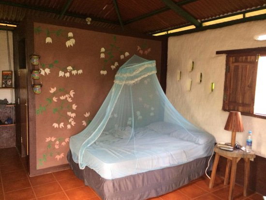 Finca Mystica: Spacious room with mosquito net, although we never saw any :-)