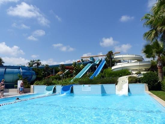 Susesi Luxury Resort : great slides!!