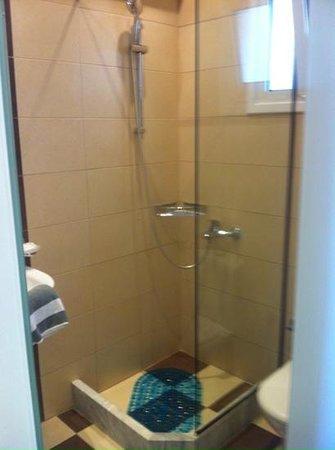 Melina Bay Hotel: bathroom