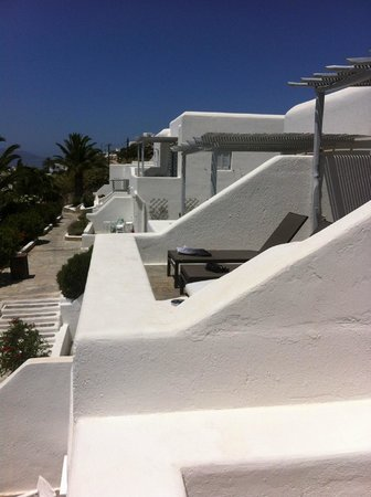 Andronikos Hotel : hotel grounds