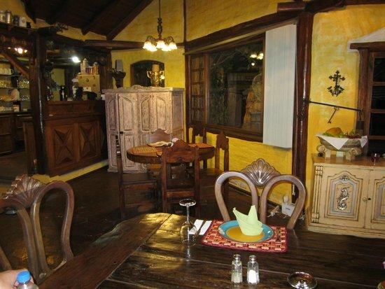 Hotel Casa de Hacienda La Jimenita: Belle salle à manger rustique