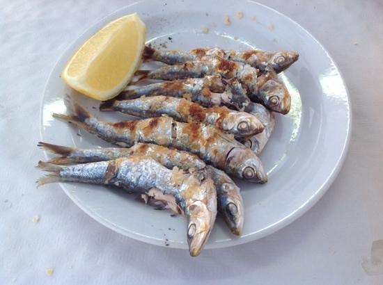 Restaurante Antonio Moreno: Roasted Sardines (Fish Kebab)