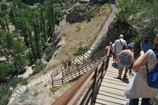 Cappadocia Stoneland Travel Turkey  Tours: la discesa alle gole di Ihlara