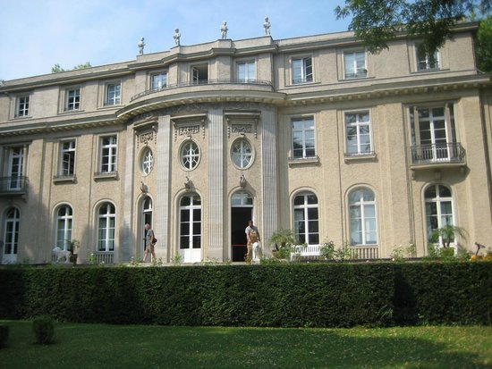 Haus der Wannsee-Konferenz: rear of the wannsee haus