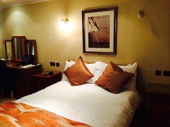 Larkinley Lodge Bedroom