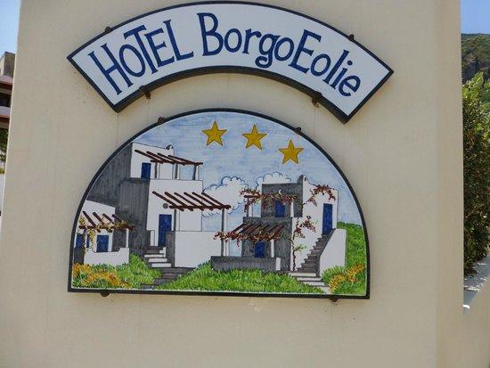 Borgo Eolie Hotel: Tiles