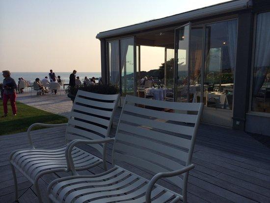Restaurant Baie de Cayola : Vue de la terrasse où l'on prend l'apéro