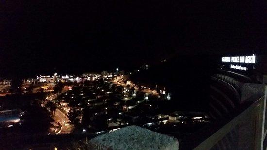 Gloria Palace San Agustín Thalasso & Hotel: 9 eme etage de nuit