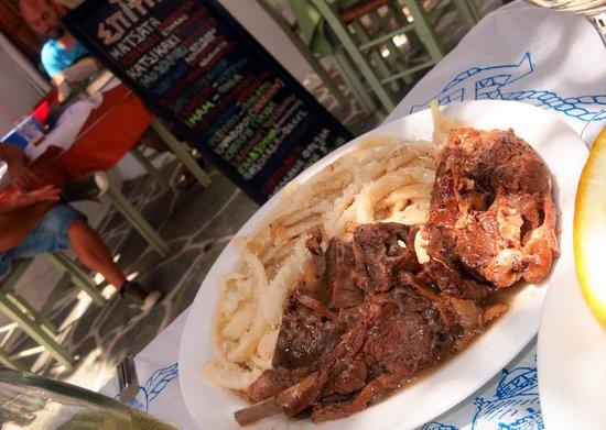 To Spitiko: Matsata, Goat with Lemon Sauce