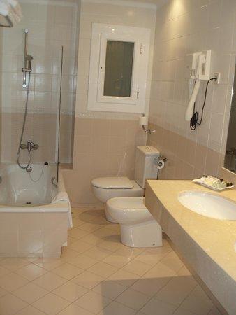 Hipocrates Curhotel : la salle de bains
