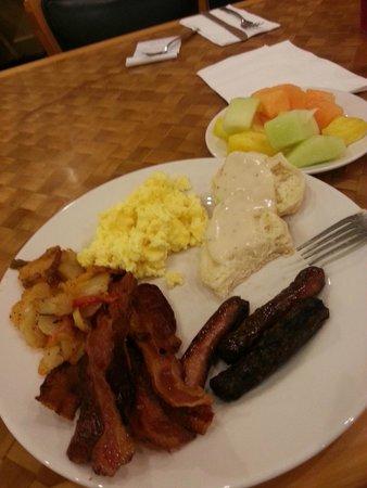 Island Buffet: First plate...