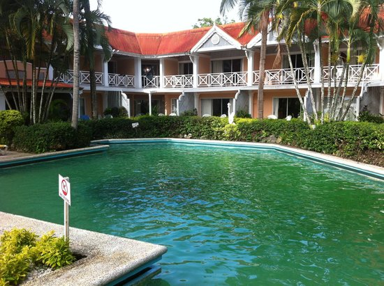 Crown Point, Tobago: Swimming Pool
