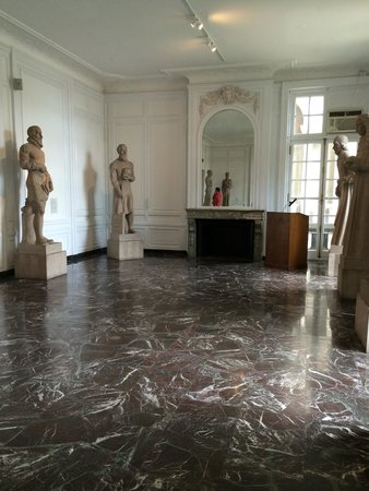 International Museum of Surgical Science: Statue Hall