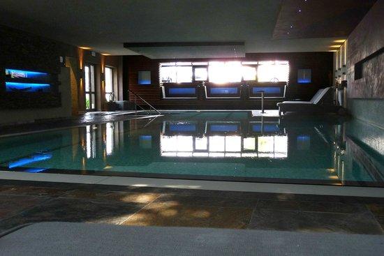 Hotel Butgenbacher-Hof : Zwembad