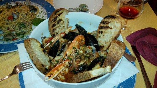 Trattoria Da Bruno : Zuppa di pesce... Mmmmm buonissima