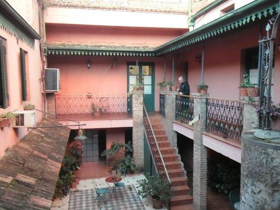 Hosteria del Puerto: patio