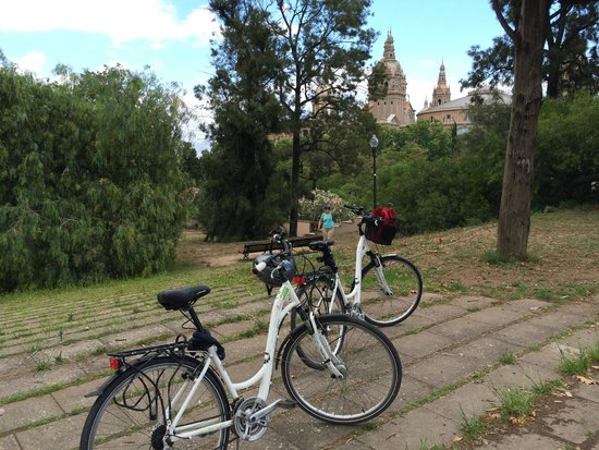 e-Bike Rent Tours : On our own at Montjuic - e-Bike Trekkers