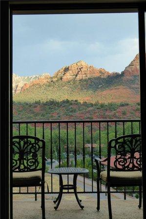 BEST WESTERN PLUS Arroyo Roble Hotel & Creekside Villas: Room 402 view