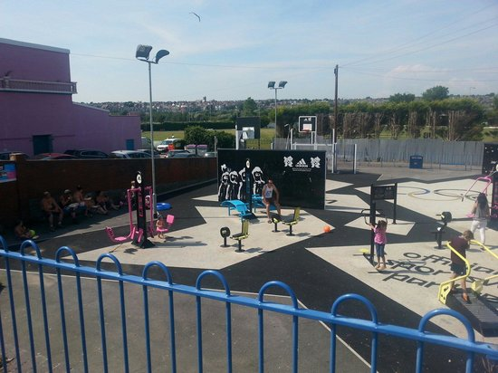 Barry Island Pleasure Park: Not a user in sight!