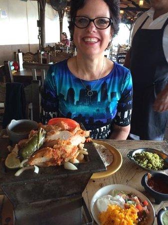 El Tiempo Cantina Washington: yummy fajita's!