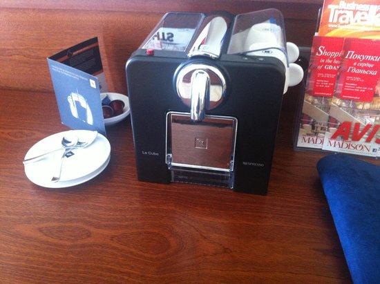 Radisson Blu Hotel Gdansk: Nespresso machine