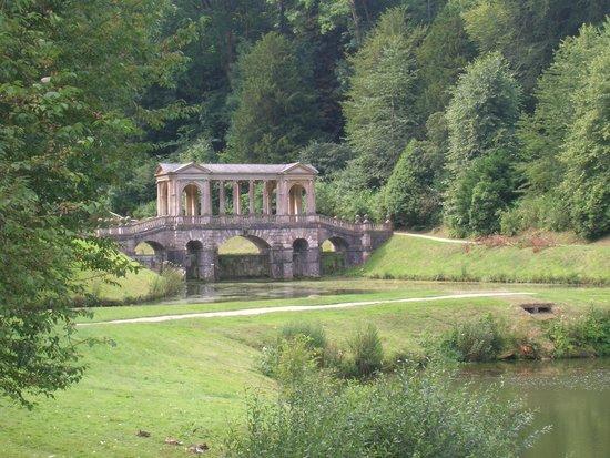 Prior Park Landscape Gardens (NT): Puente paladino