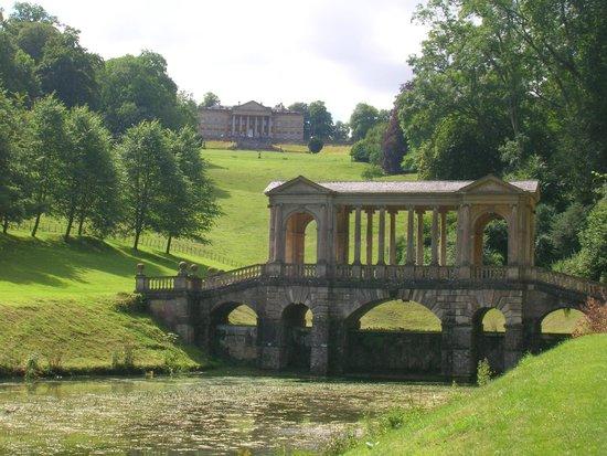 Prior Park Landscape Gardens (NT): Desde el puente