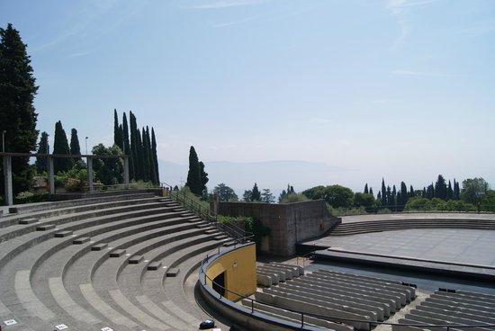 Il Vittoriale degli Italiani : Aussicht vom Theater