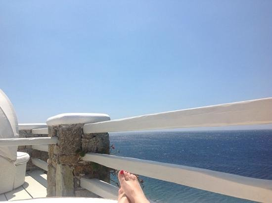 Nissaki Boutique Hotel: view from sunbed