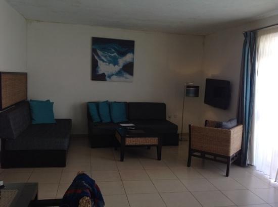 Rocca Nettuno suites : Уютная гостиная.