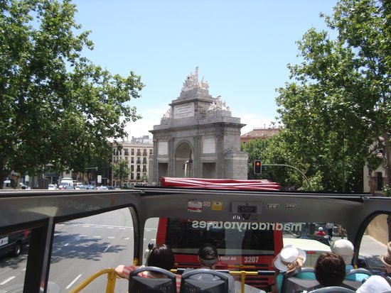Madrid City Tour: la puerta de Alcalá