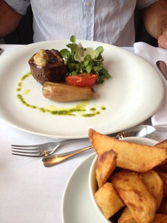 Blas: Fillet served rare, texture and taste were both amazing!