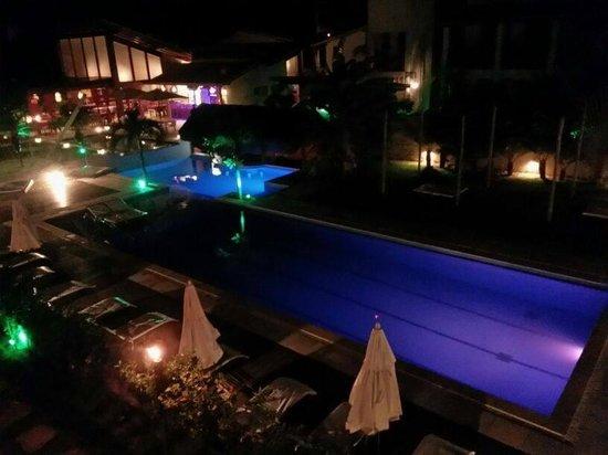 Pipa Beleza Spa Resort: Vista a noite