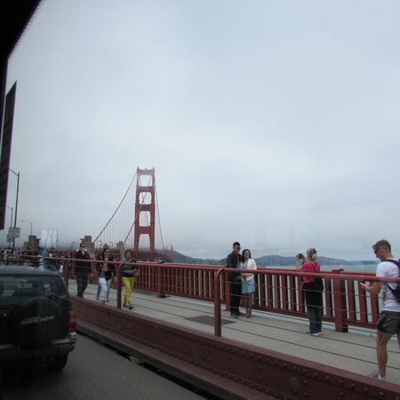 San Francisco City Guides : The Bridge from shore