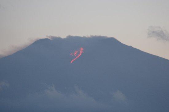 Al Saraceno: Lava flowing down Mt Etna