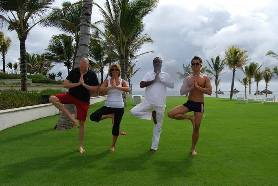 Long Beach Mauritius: Holiday Yoga with Raj