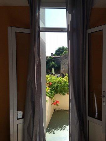 Hotel Palais Cardinal: Habitación con terraza