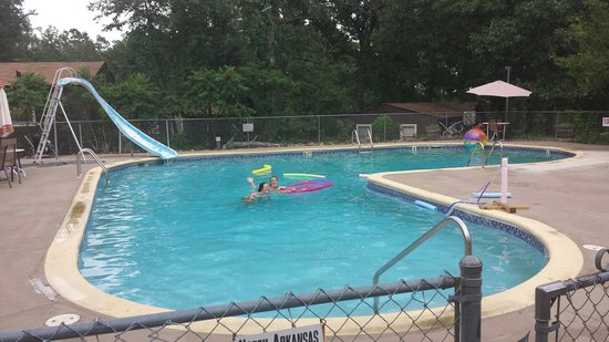Rocking Chair Resort: Pool and the best slide around!!!
