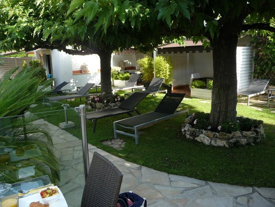 Hotel La Villa Cannes Croisette: Garden and Executive Room Terraces