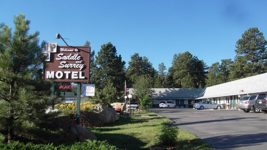 Saddle & Surrey Motel: Main Entrance on Route 7