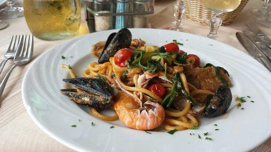 Ristorante Ciccio a Mare: Spettacolare il piatto di ciccio