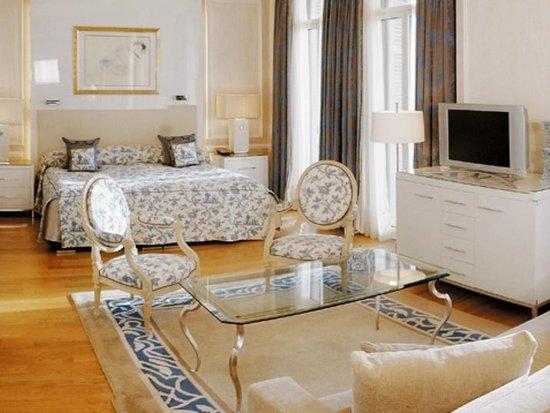 Hotel Hermitage Monte-Carlo : Vue d'ensemble de la Suite