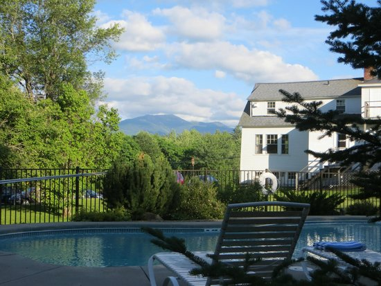 Sugar Hill Inn: Beautiful location