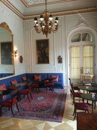 Pestana Palace Lisboa Hotel & National Monument : Un autre des salons...