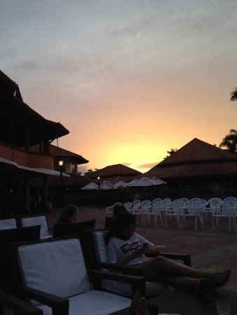 VH Gran Ventana Beach Resort: sunset
