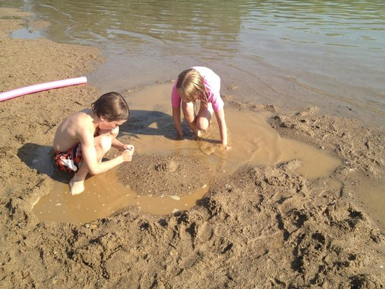Medicine Hat, Canada: Amazing sand for sandcastles and moats