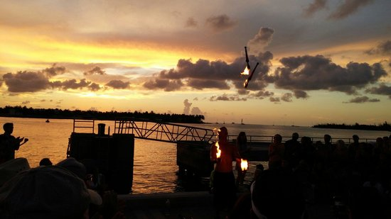 Sunset Pier: Sunset Celebration