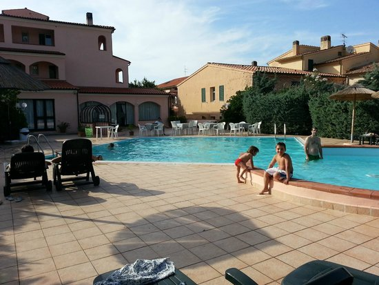 Il Magnifico Elba Resort : piscina esterna